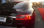 Электромобиль Tesla установил мировой рекорд