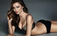 Миранда Керр из Victoria's Secrets снялась в рекламе нижнего белья