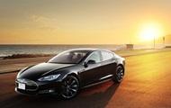 Tesla представила доступную модель электромобиля