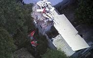 В Бразилии вертолет упал на жилой дом: пять человек погибли