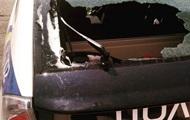 В Киеве неизвестные побили патрульную машину
