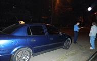 В Киеве мужчина напал с ножом на таксиста