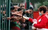 Юнкер созывает кризисный саммит по беженцам на Балканах