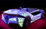 В США представят футуристический автомобиль-компаньон
