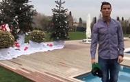 Заглянуть в мир роскоши: Роналду провел экскурсию по своему дому