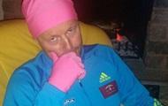 Тренер сборной Украины надел розовую шапочку в честь победы биатлонисток