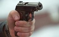 В Киеве мужчина выстрелил в прохожего