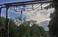 Подросток упал на высоковольтные провода, делая селфи