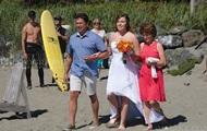 Премьер Канады с голым торсом попал на свадебное фото