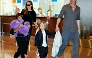 Питт впервые встретился с детьми после разрыва с Джоли - СМИ