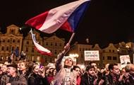 Протесты в Праге: Не хотим Земана, Россию и Китай