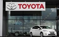 Toyota отзывает 340 тысяч авто Prius