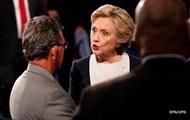 WikiLeaks опубликовал восьмую часть писем главы штаба Клинтон