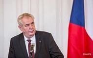 Хакеры из США закачали порнофайлы в компьютер президента Чехии