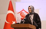Нидерланды депортируют турецкого министра