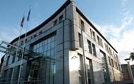 Польша приостановила работу своих консульств в Украине
