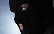 В Киеве грабители отобрали у мужчины рюкзак с деньгами