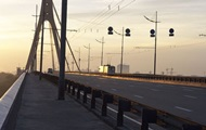 В Киеве ограничат движение на Московском мосту