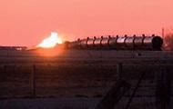 В США 27 цистерн сошли с рельсов и загорелись