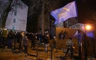 Возле здания Соломенского суда остаются активисты – СМИ