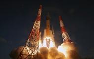 Япония запустила ракету с разведывательным спутником