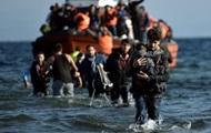 У берегов Ливии спасли более 700 мигрантов