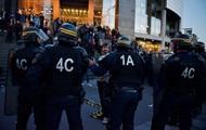 В Париже задержаны десятки недовольных результатами выборов
