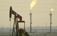 Нефть Brent торгуется выше 52 долларов впервые за две недели