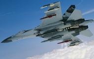 Российский Су-27 пролетел в семи метрах от самолета США