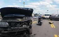 Тройное ДТП на мосту Патона в Киеве привело к пробкам