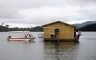 В Колумбии затонула лодка со 150 туристами