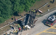 В США перевернулся автобус: 40 пострадавших