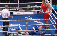 Выключил свет: яркий нокаут от украинца Выхриста на ЧЕ по боксу