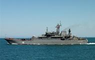 Российский десантный корабль вошел в Средиземное море