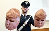 В Италии задержали грабителей в масках Трампа