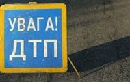 В Киеве Jaguar сбил двух пешеходов