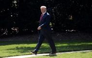 Трамп заявил, что работает во время отпуска