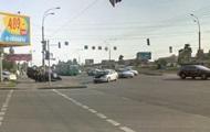 В Киеве столкнулись два авто, есть пострадавшие