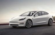 В Tesla Model 3