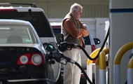 На АЗС подорожали бензин и дизель