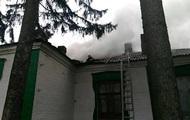 В Винницкой области загорелась школа во время учебного процесса