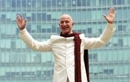Основатель Amazon продал миллион акций компании