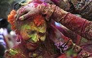 Помешательство цветом. В Индии празднуют фестиваль весны Холи