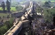Число жертв столкновения поездов в Египте возросло до 36 человек